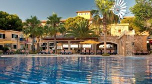 Hotel Barcelo Pueblo Park